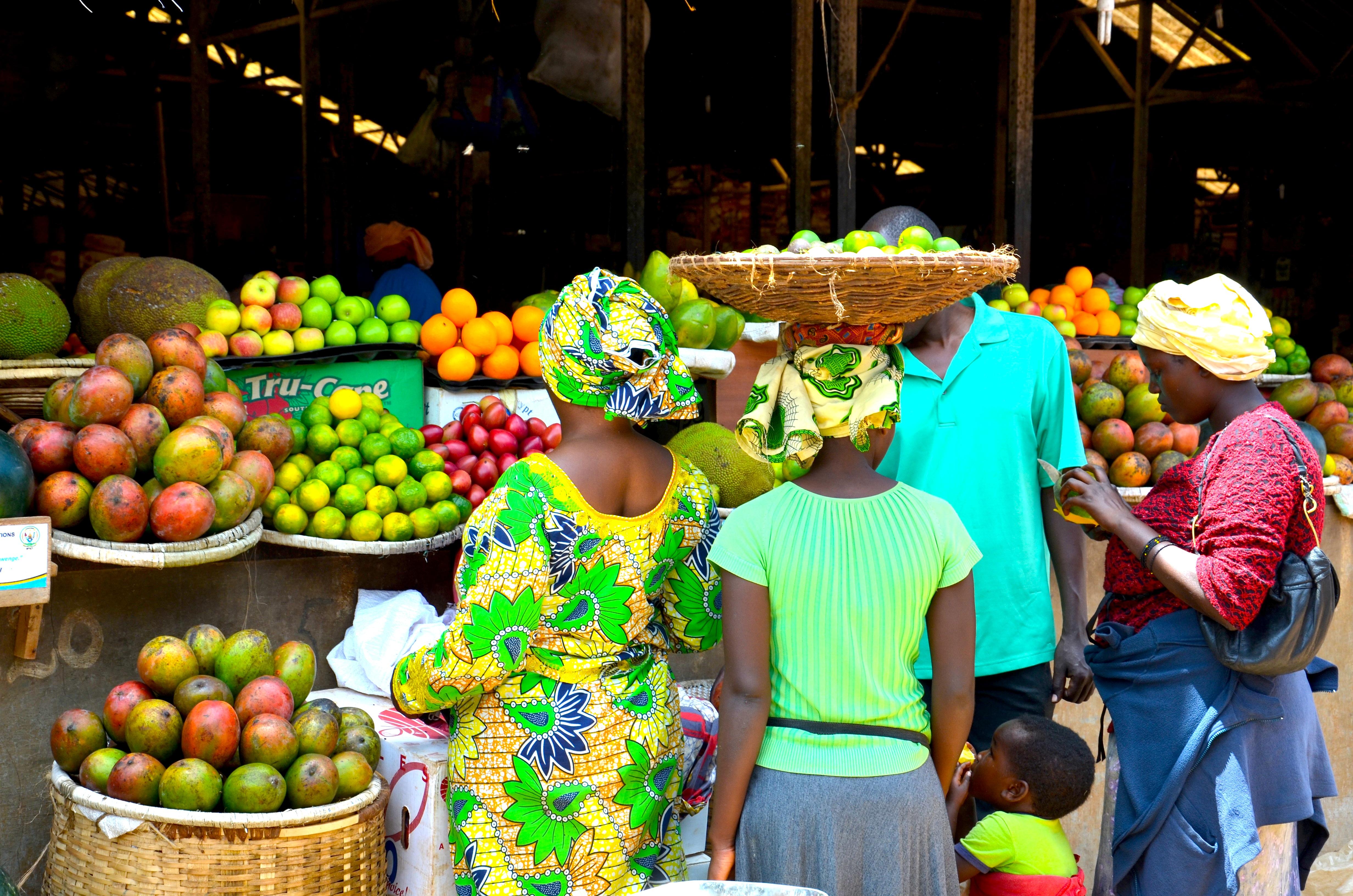 fruit-market-kigali