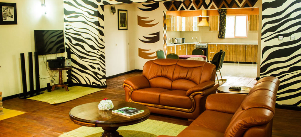 mountain-gorilla-view-lodge-sitting room
